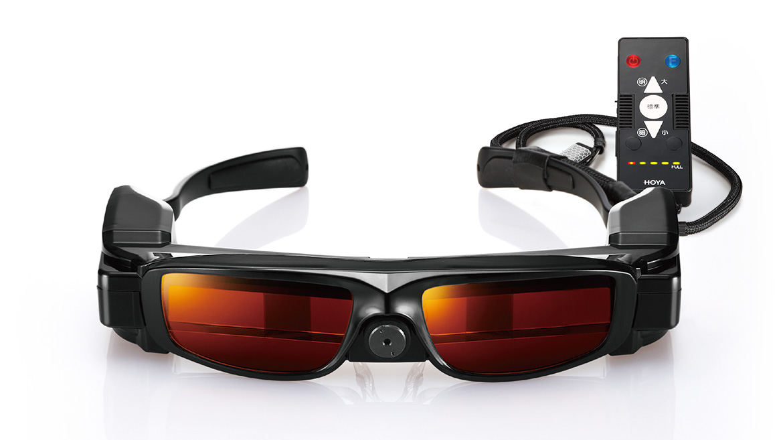 夜盲症の方に明るい視界を提供! ハイテクすぎるウェアラブルデバイスの性能とは?