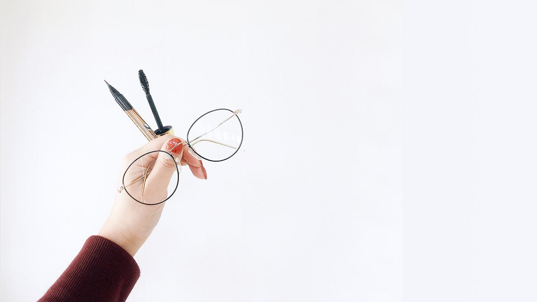 【伊藤美玲のめがねコラム】第54回「きれいになれるめがねって?③ 眼鏡屋MuRA 中村サヤカさん」