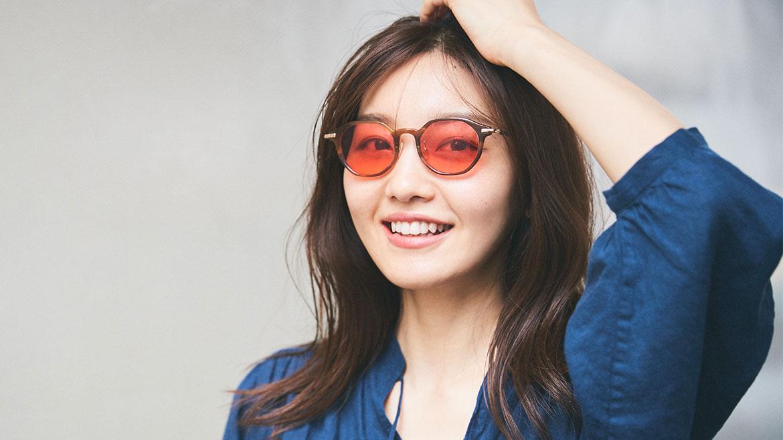 【サングラスコーデ見本帖】第3回 この夏、カラーレンズのサングラスデビューしませんか?編