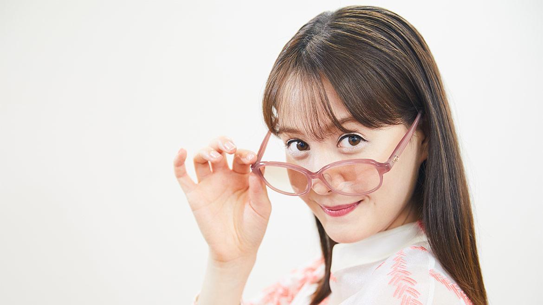 【日本メガネベストドレッサー賞】トリンドル玲奈さんインタビュー「めがねは女性の便利アイテム」